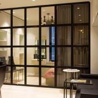 Лофт перегородки с распашными дверями любых размеров